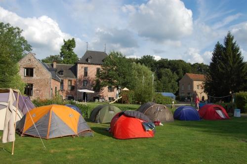 tenten met kasteel